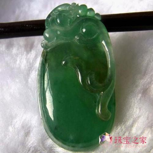 收藏精品:冰种满绿天然翡翠